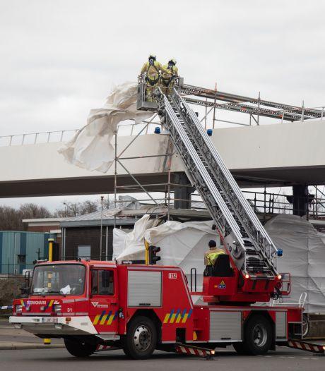 """115 oproepen van stormschade voor Antwerpse brandweer: """"Wind gaat gelukkig liggen"""""""