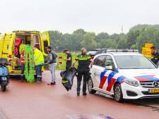 Fietser gewond naar ziekenhuis na harde val in Nijkerkerveen