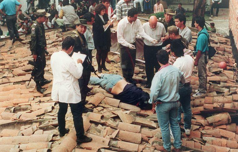 Het lichaam van Pablo Escobar. Beeld AFP