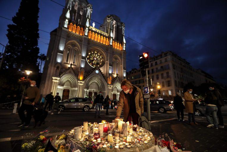 Een herdenkingsplaats voor de Notre Dame van Nice.  Beeld AFP