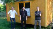 Veertig onderzoekers kamperen week lang om spoorwegbermen toegankelijker te maken voor kunst en cultuur
