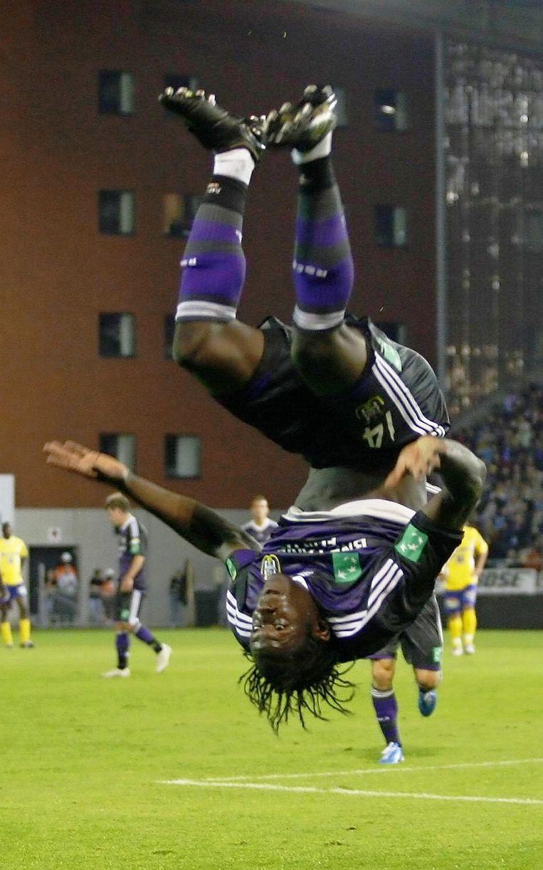 Lukaku viert wel vaker een doelpunt met een salto.