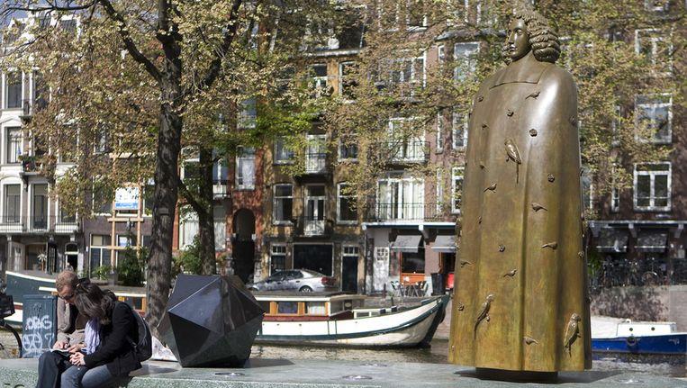 Beeld van Spinoza in Amsterdam Beeld ANP