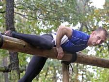 Bizar: sportvisser schakelt survival-atleet uit met vishaak in Beltrum