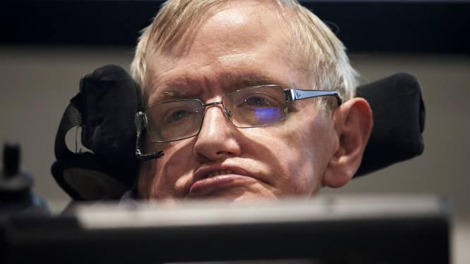 """Stephen Hawking: """"We moeten een nieuwe planeet vinden om te overleven"""""""