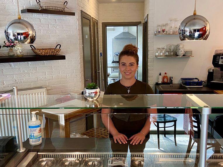Gianna Walry (19) zal de broodjeszaak den Hall't uitbaten