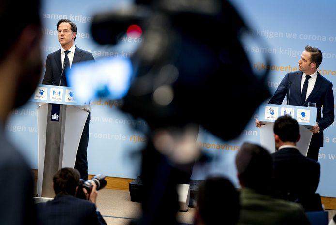 Demissionair premier Mark Rutte en demissionair minister Hugo de Jonge geven een toelichting op de coronamaatregelen in Nederland.