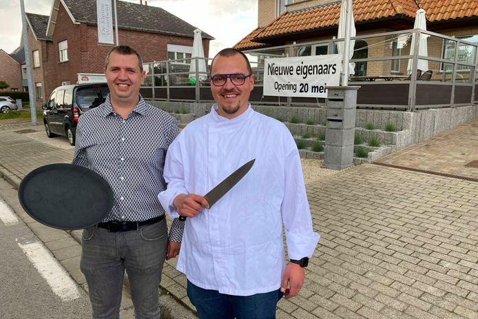 David Mahieu en Reinout De Feyter nemen de zaal en de keuken van De Kleine Waarheid in Bambrugge voor hun rekening.