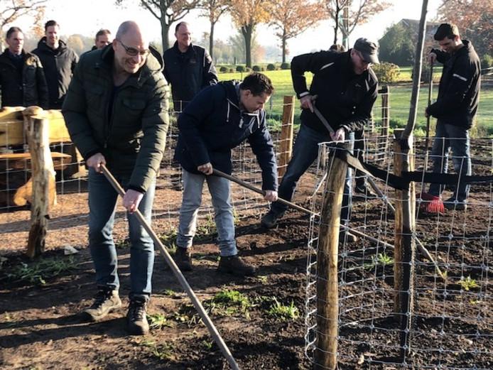 Vrijwilligers bij d'n Boogerd in Someren-Eind.