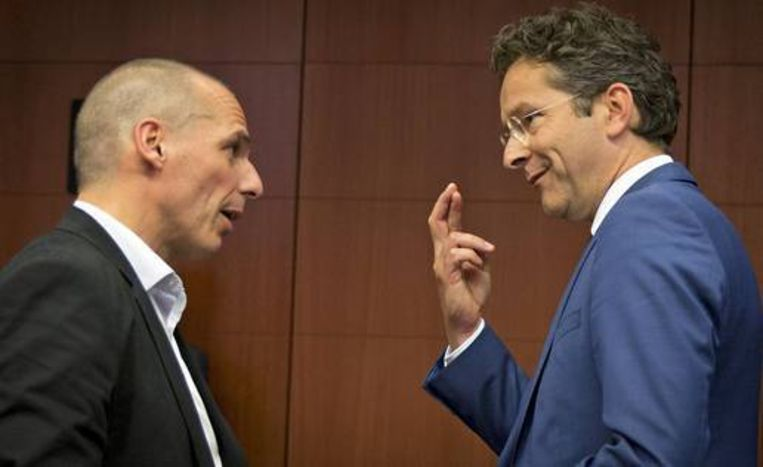 Yanis Varoufakis en Jeroen Dijsselbloem. Beeld AP