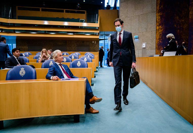 Geert Wilders (PVV) en Wopke Hoekstra (CDA) in de Tweede Kamer tijdens een debat over de mislukte formatieverkenning.  Beeld ANP