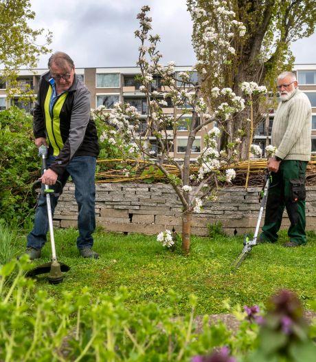 Balanceer-act in de buurttuin: 'Dit is openbaar groen, het moet toegankelijk blijven'