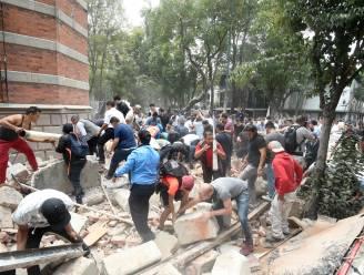 Heftige beelden na zware aardbeving in Mexico City: brand in sommige gebouwen, al minstens 248 doden