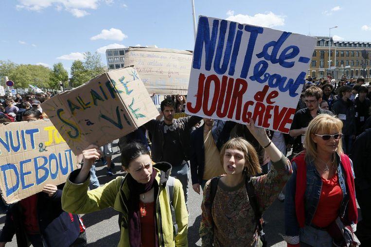 Demonstranten van Nuit debout, gisteren overdag. Beeld reuters