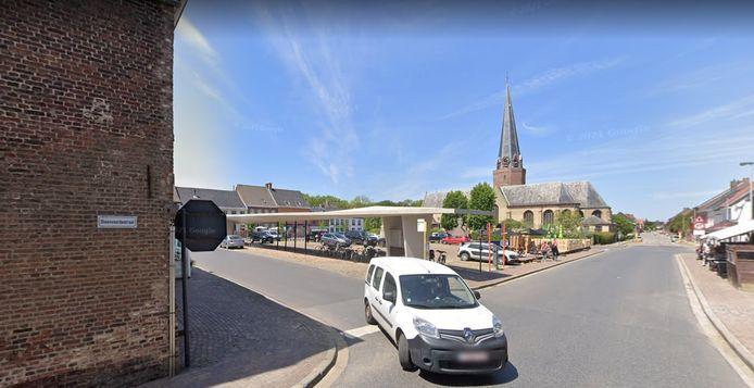 De buurt van de Steenvoordestraat in Watou wordt al een maand opgeschrikt door een exhibitionist.