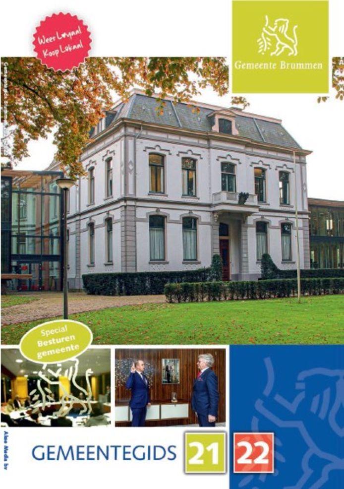 De cover van de gemeentegids Bruumen 2021-2022.