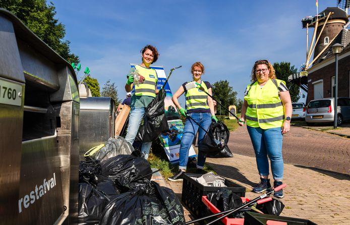 Zakken vol afval in Gorinchem.