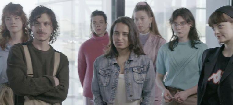 In het tv-programma Lichting 2020 kunnen jonge theatermakers alsnog hun afstudeerwerk laten zien. Beeld