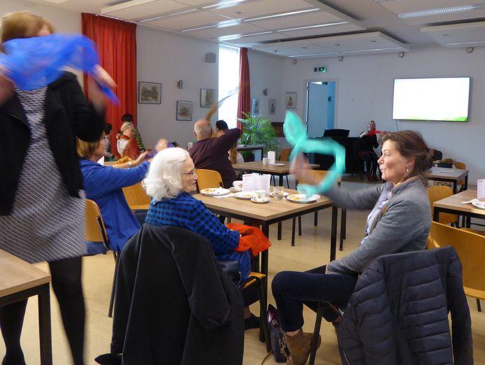 Meedoen met muziek voor ouderen en jongeren in het PG Centrum in Heeze.