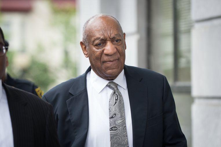Bill Cosby arriveert bij de rechtbank in Norristown in Pennsylvania. Beeld EPA