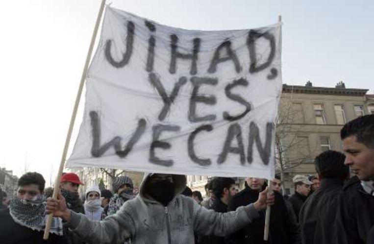 De slogan 'yes we can' verwijst naar het credo van Barack Obama.
