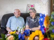Nelie en Jan uit Rijssen zijn al 60 jaar een sterk paar (en bouwden zelfs samen een huis)