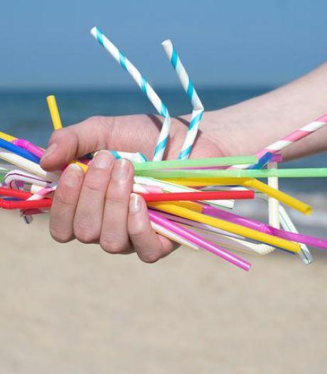 La fin des gobelets et pailles en plastique à la Côte?