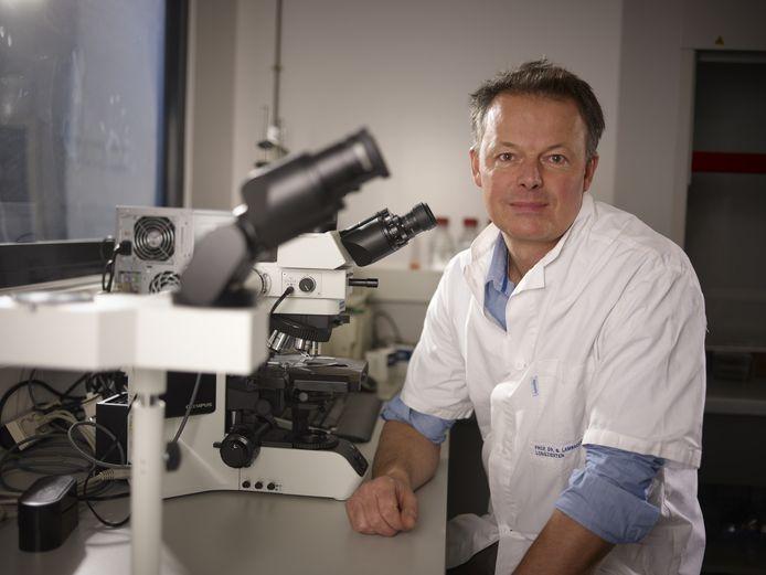 Le professeur Bart Lambrecht, pneumologue à l'hôpital universitaire de Gand et directeur des maladies inflammatoires à l'Institut flamand de recherche en biotechnologie (VIB).