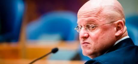 Grapperhaus: niet Schoof, maar ambtenaren stuurden 'onafhankelijk' MH17-onderzoek