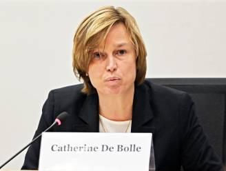 """Europol-topvrouw Catherine De Bolle waarschuwt: """"Er doen valse vaccins de ronde"""""""