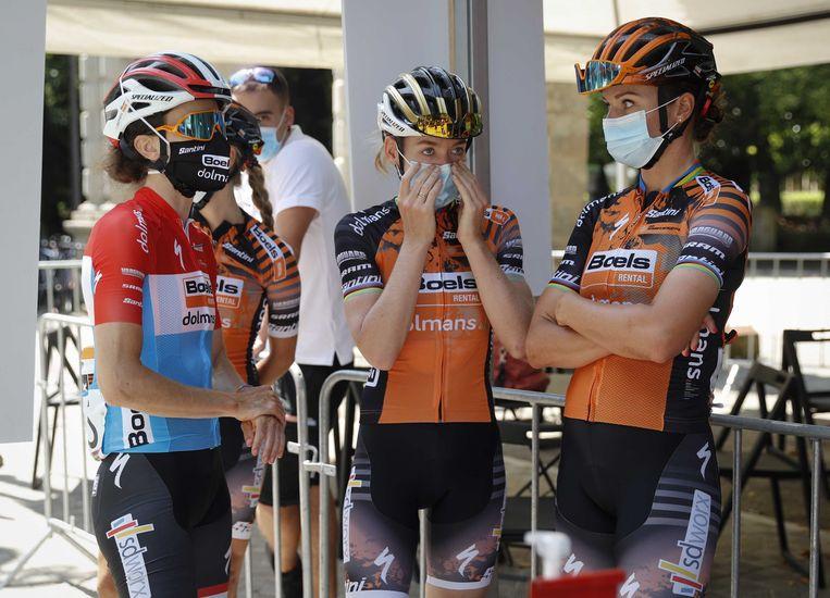Renners van de vrouwenwielrenploeg van Boels-Dolmans. Beeld ANP
