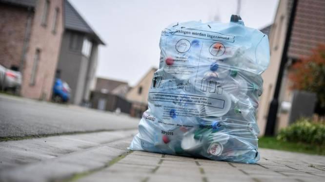 Dit verandert op 1 april: nieuwe pmd-zak in heel Vlaanderen en KBC trekt tarieven fors op