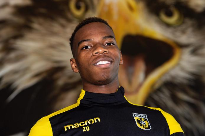 Charly Musonda is de derde speler die Vitesse dit seizoen van Chelsea huurt.