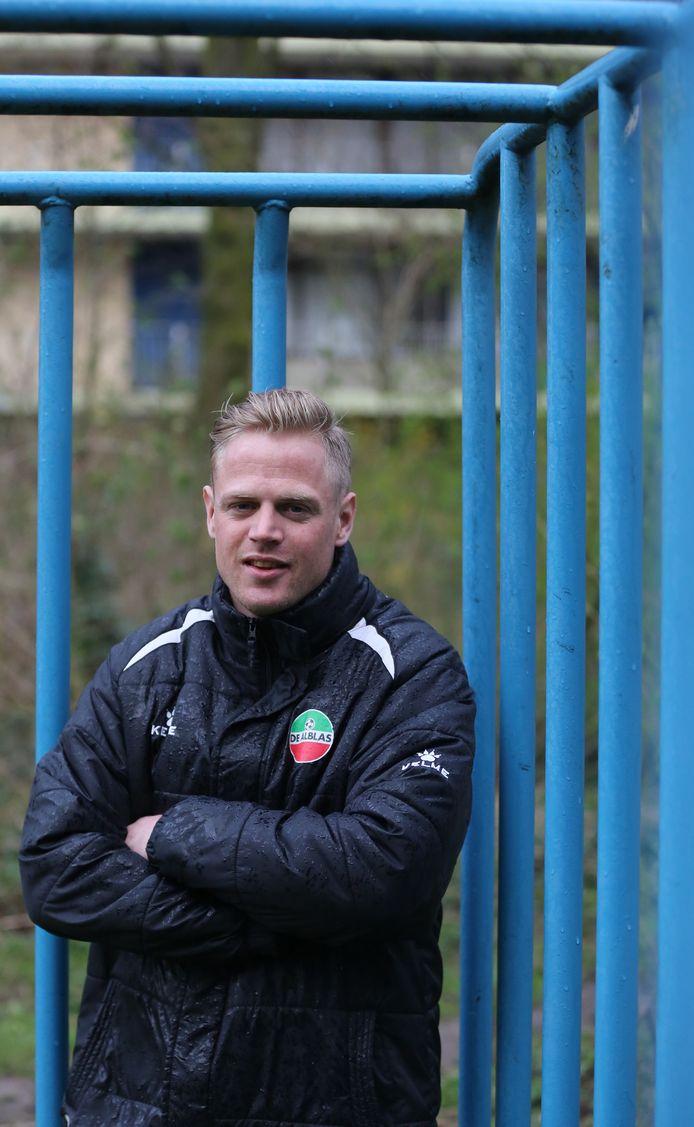 Verdediger Jilles de Haas is blij dat hij weer in de hoofdmacht van De Alblas voetbalt.