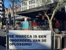 Verbijstering in ziekenhuizen over openen terrassen: 'Onze mensen lopen op hun tandvlees'