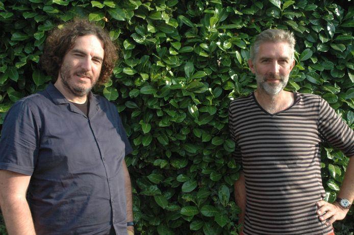 Raadsleden van Groen Bart Van de Water (links) en Filip Hebbrecht: beleid voeren is ook proactief denken.