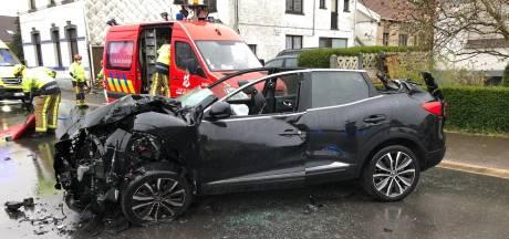 Une remorque de camion se détache et percute une voiture à Soumagne: deux blessés