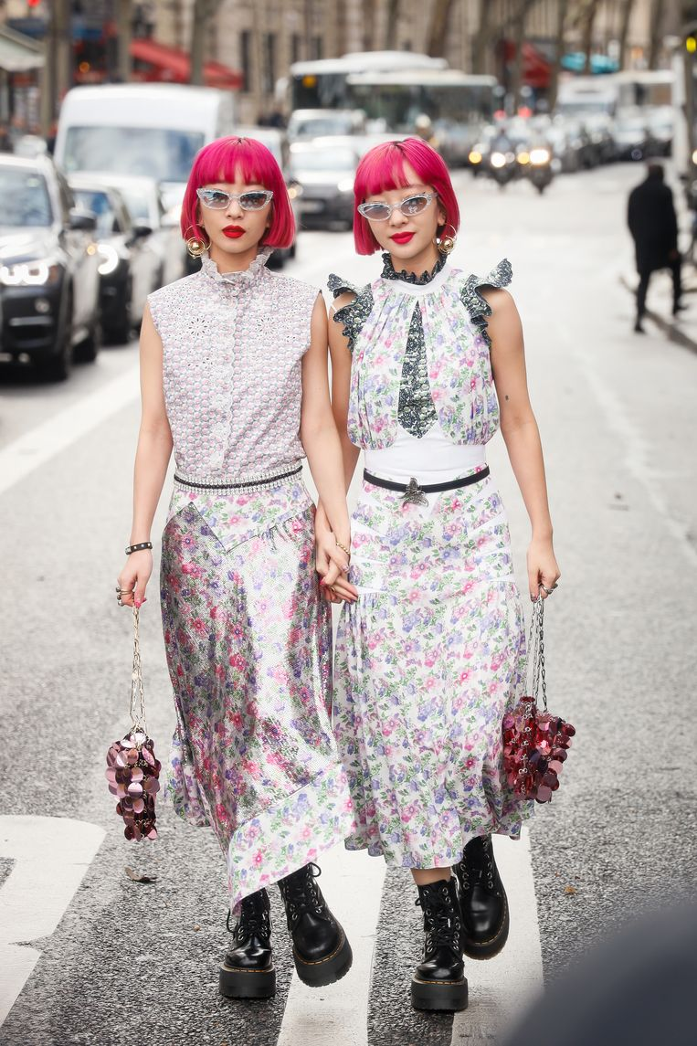 Ook bij modeshows ontbreekt Dr. Martens niet, zoals hier bij de Parijse Fashion Week in februari 2020.  Beeld Getty