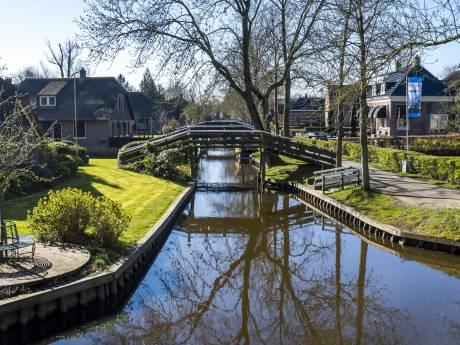 Naast de hoon over drukte in Giethoorn krijgt burgemeester Bats ook veel steunbetuigingen