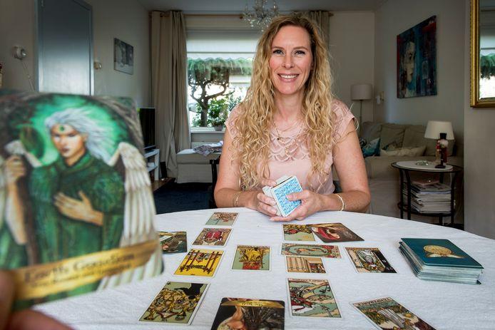 Tarot kaartlezer Patti Smits.