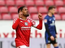 PSV pakt door op de transfermarkt en trekt tweebenige back Phillipp Mwene aan