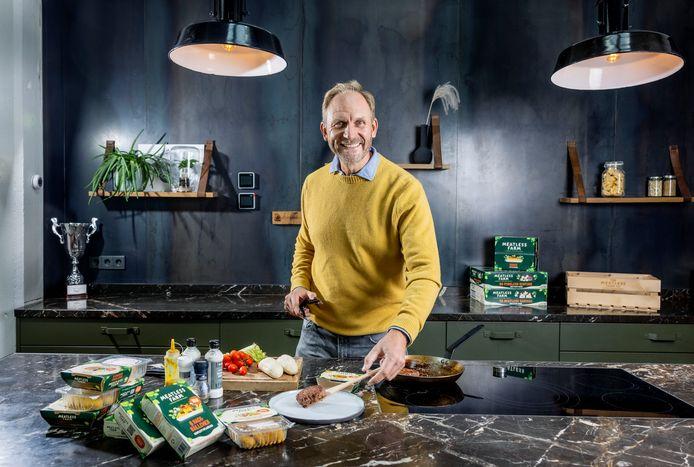 Morten Toft Bech, oprichter van The Meatless Farm in het hoofdkantoor aan de Amsterdamse Prinsengracht.