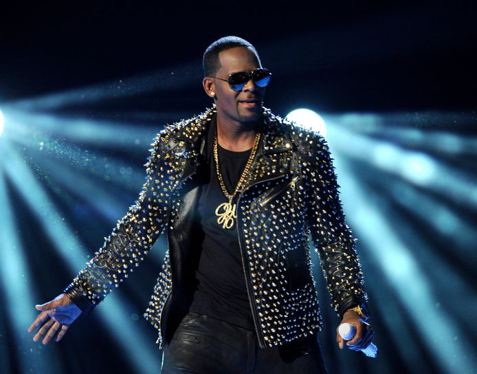 R. Kelly in 2013