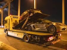 Dure Porsche in de kreukels na harde botsing op de Meernbrug
