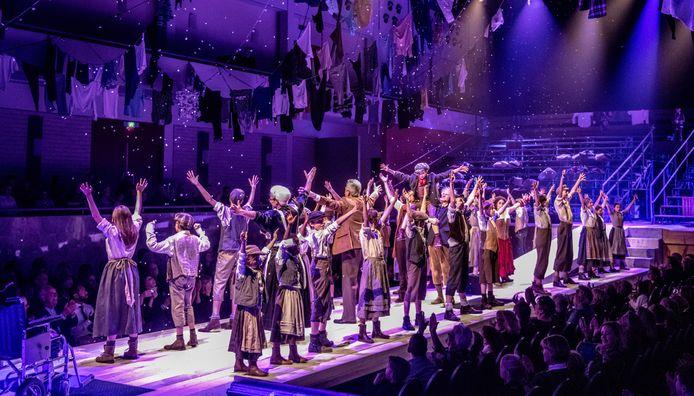 Kinderregisseur Ellen Kremers was ook verantwoordelijk voor de kindercast tijdens de kerstmusical Oliver! die vorig jaar te zien was in Enschede.