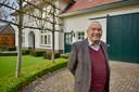"""Piet Rombouts bij de oude bank in Bergeijk: ,,Mensen kwamen met heel veel verhalen."""""""