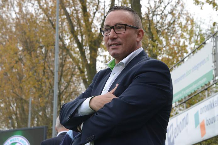 Edwin Grünholz nam na de wedstrijd tegen HSC'21 met een ontroerende speech afscheid van het Westlandia-publiek.