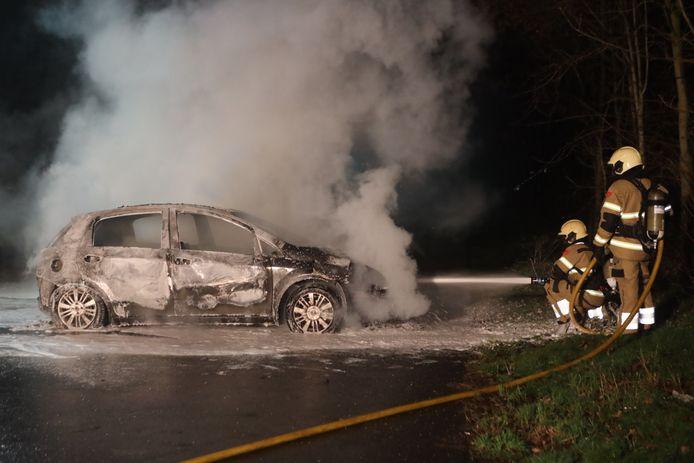 Autobrand in Sint Oedenrode.