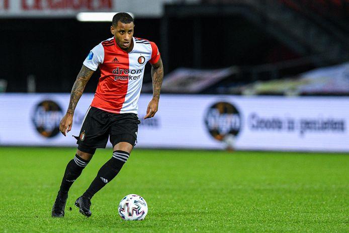 Luciano Narsingh in actie voor Feyenoord.