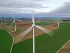 Overleg over locaties windmolens explodeert: veel geschreeuw en 'ronduit onbehoorlijk' gedrag